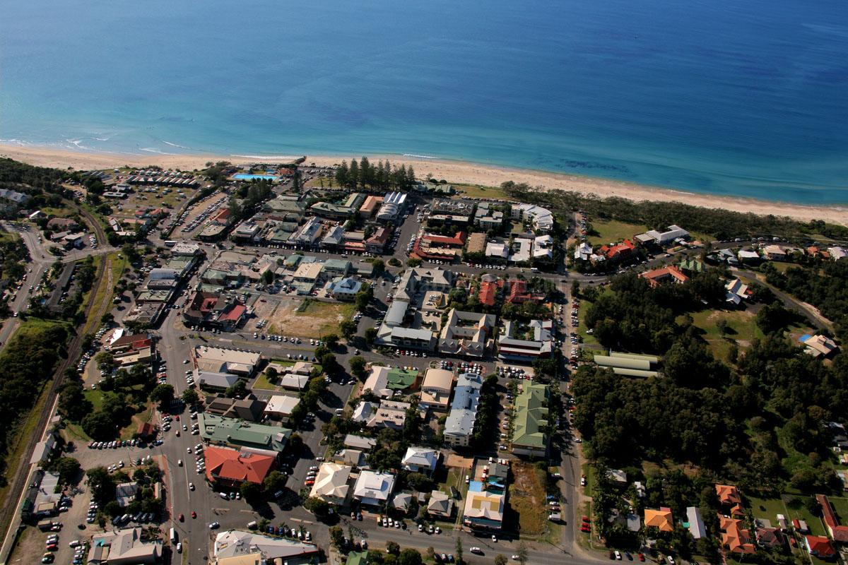 how to get from ballina airport to byron bay